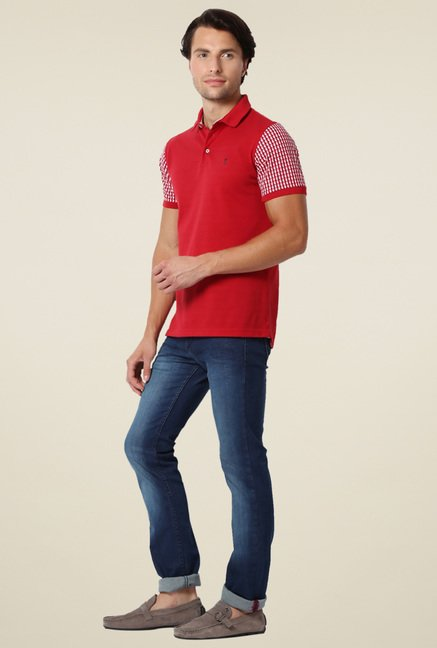 Peter England Red Solid Half Sleeves T-Shirt