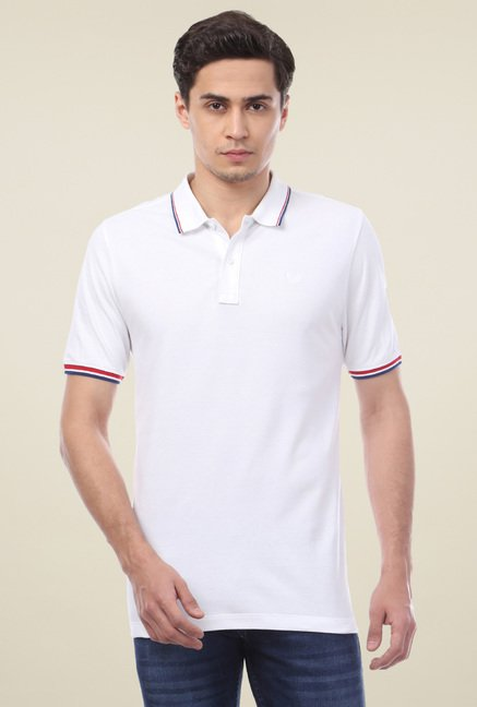 Van Heusen White Solid Regular Fit T-Shirt