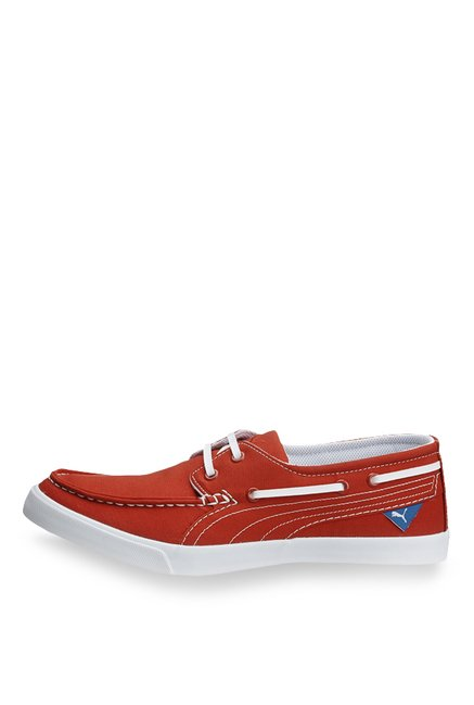 a8d7978fb620df Buy Puma Yacht CVS Red Boat Shoes for Men at Best Price   Tata CLiQ