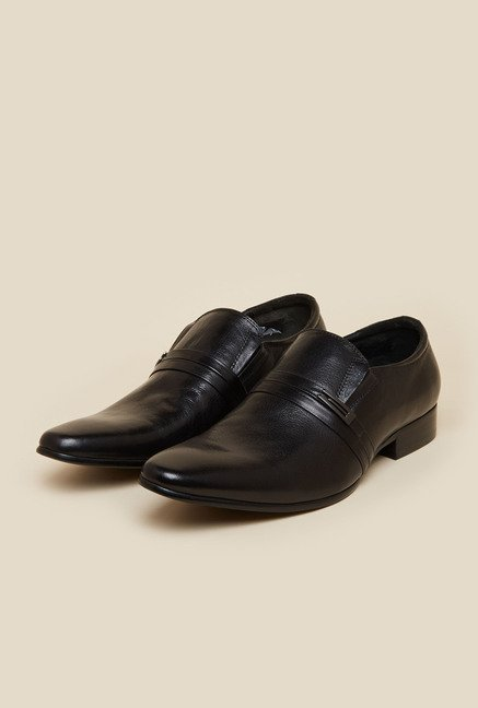 79b8b14053e Buy J. Fontini by Mochi Black Leather Formal Shoes for Men at Best Price    Tata CLiQ