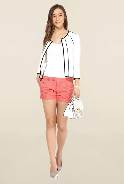 Vero Moda Coral Solid Cotton Shorts