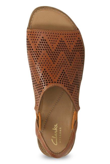 03de5a41d569 Buy Clarks Sarla Cadence Tan Sling Back Sandals for Women at Best ...