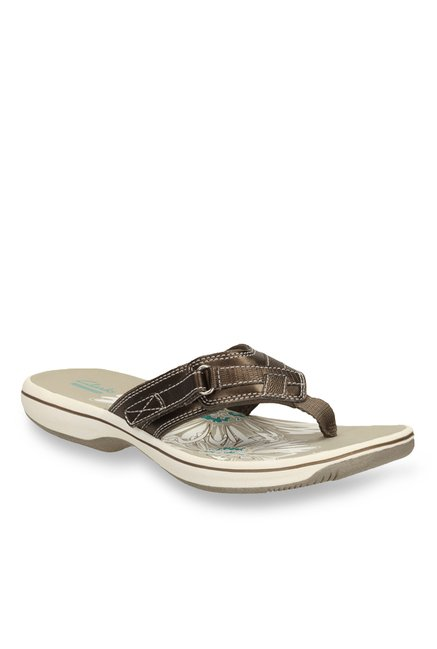ebf8b07a385cec Buy Clarks Brinkley Mila Pewter Thong Sandals for Women at Best Price    Tata CLiQ