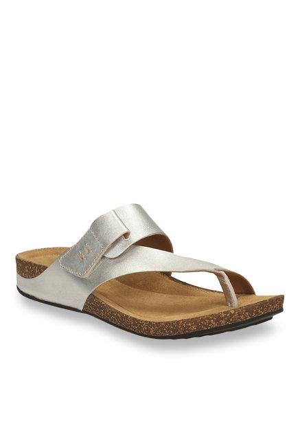 658e26948 Buy Clarks Perri Coast Silver Casual Sandals for Women at Best Price   Tata  CLiQ