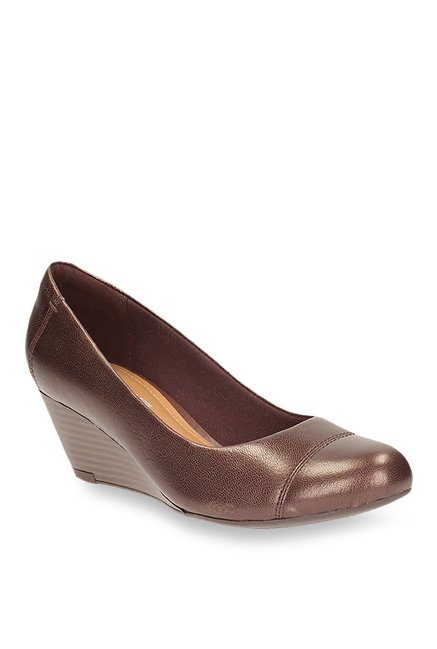 7120a100e1b68 Buy Clarks Brielle Andi Dark Brown Wedge Heeled Pumps for Women at Best  Price @ Tata CLiQ