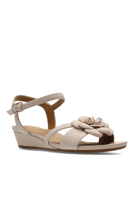 86423e2f6b0 Buy Clarks Parram Stella Beige Ankle Strap Wedges for Women at Best Price    Tata CLiQ