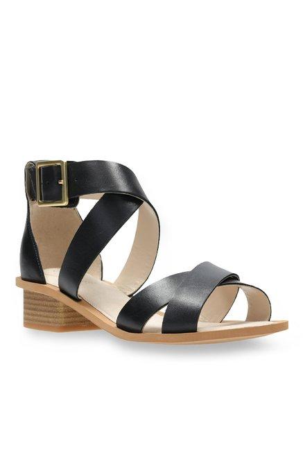 67e5021795d3 Buy Clarks Sandcastle Ray Black Cross Strap Sandals for Women at ...