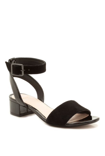 aab30809e Buy Clarks Sharna Balcony Black Ankle Strap Sandals for Women at Best Price    Tata CLiQ