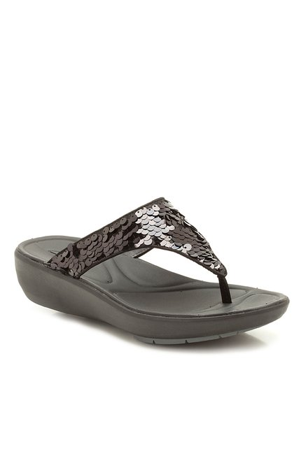 42703613aef9 Buy Clarks Wave Dazzle Black Thong Wedges for Women at Best Price   Tata  CLiQ