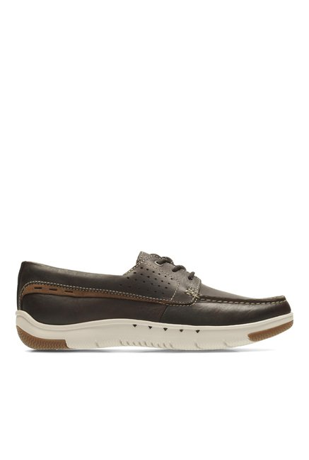 9260bb6738a Buy Clarks Unmaslow Edge Dark Brown Lea Derby Shoes for Men at ...