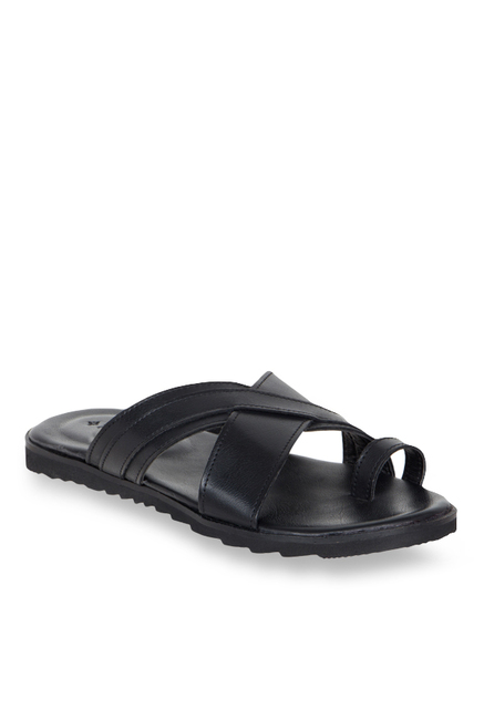 Ruosh Black Toe Ring Sandals