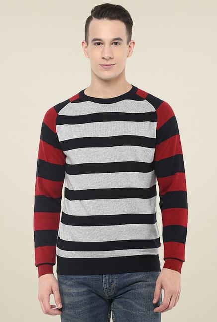 e60d94f721b Buy Levi s Black Regular Fit Full Sleeves T-Shirt for Men Online   Tata CLiQ