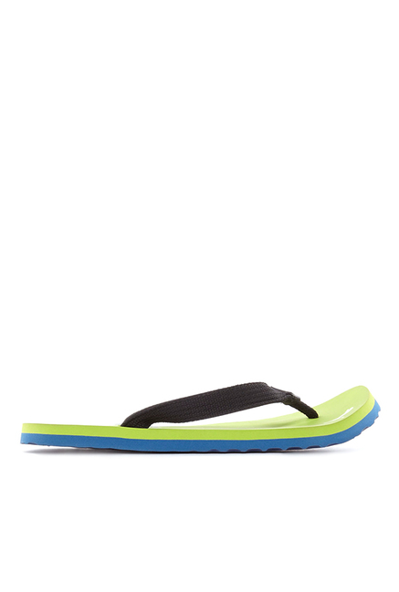 ed272ee70f5a Buy Puma Wave DP Black   Parrot Green Flip Flops for Men at Best ...