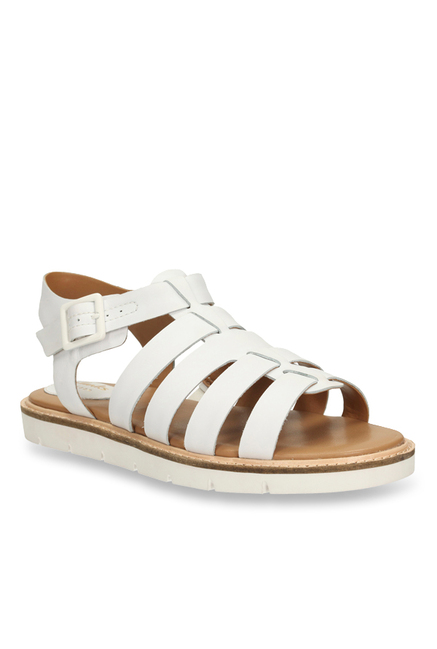 8045f01b5324 Buy Clarks Lydie Kona White Fisherman Sandals for Women at Best ...