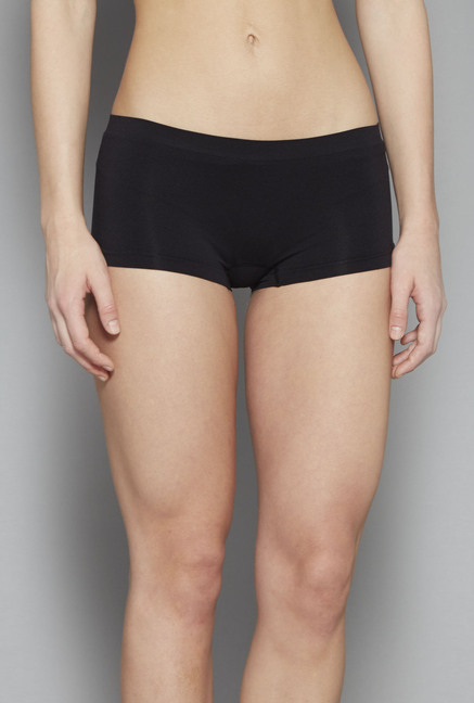 3dfecf2454 Buy Wunderlove by Westside Black Seam Free Hipster Briefs for Women Online    Tata CLiQ