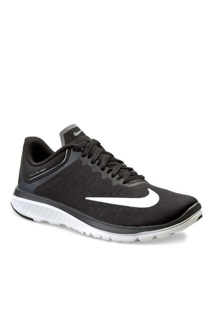 cheap for discount d7bf5 4ed56 Buy Nike FS Lite Run 4 Black Running Shoes for Women at Best ...