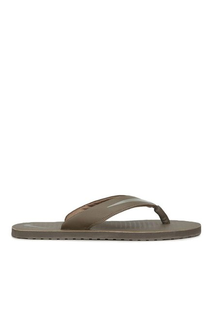 4c89d0af2 Buy Nike Chroma 5 Light Taupe Flip Flops for Men at Best Price   Tata CLiQ