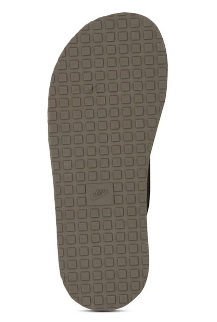 f099845ef Buy Nike Chroma 5 Light Taupe Flip Flops for Men at Best Price ...