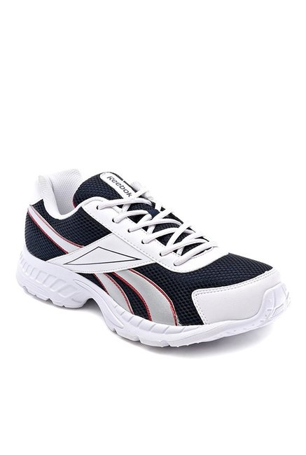 Buy Reebok Acciomax Navy   White Running Shoes for Men at Best Price   Tata  CLiQ 48cd35d20