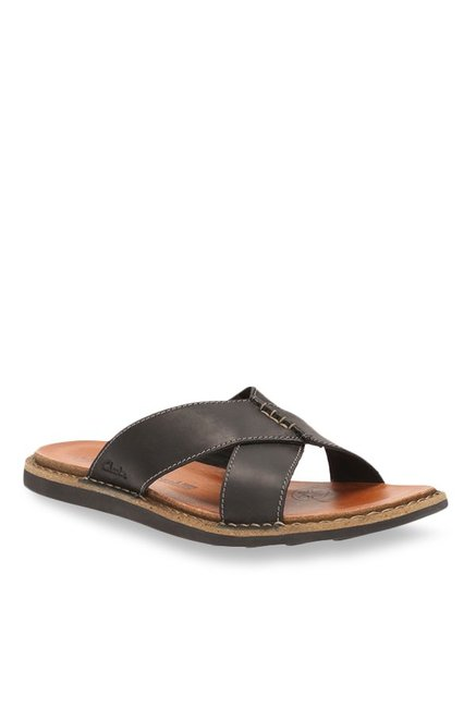 Clarks Lynton Black Cross Strap Sandals
