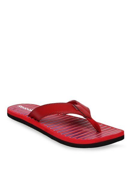 68753e586927 Buy Reebok Red   Navy Flip Flops for Men at Best Price   Tata CLiQ