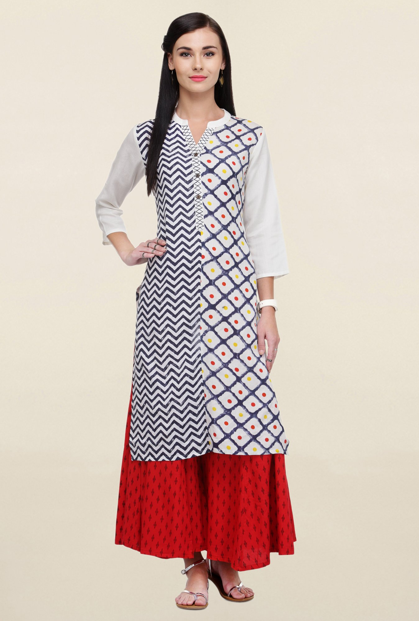 Varanga White & Red Printed Rayon Kurta With Palazzo