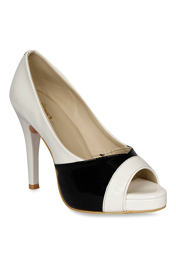 Lovely Chick White & Black Stiletto Heeled Pumps