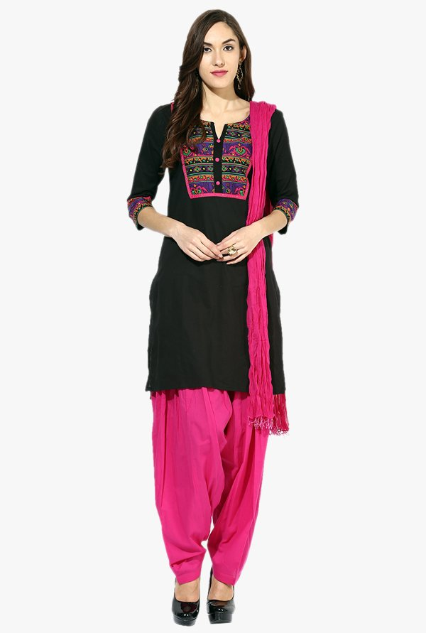 Jaipur Kurti Black & Pink Printed Cotton Patiala Set