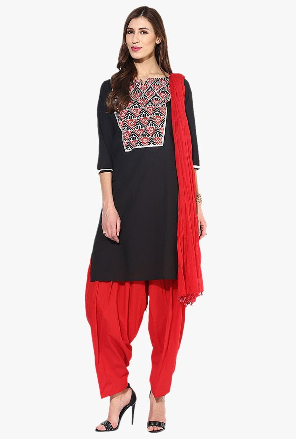 Jaipur Kurti Black & Red Printed Cotton Patiala Set