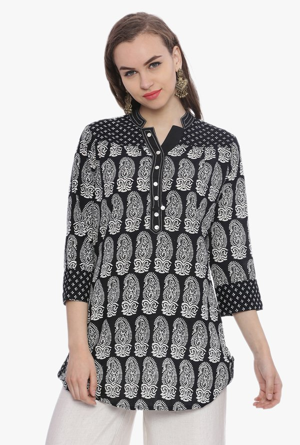Avaana Black & White Paisley Print Cotton Cambric Kurti