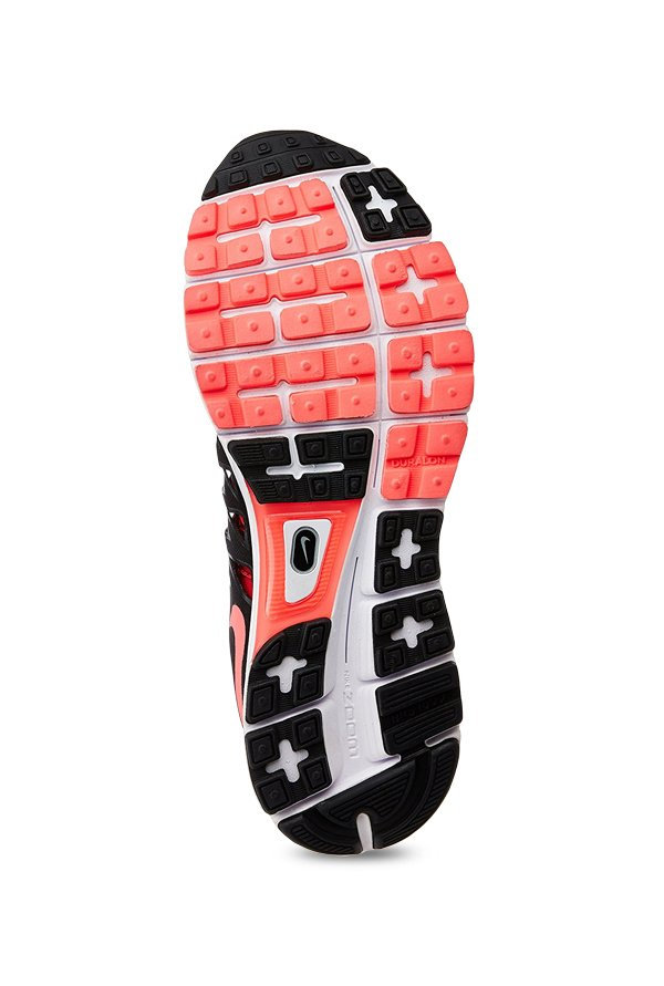 Canberra falda montaje  Buy Nike Zoom Vomero 9 Red & Black Running Shoes for Men at Best Price @  Tata CLiQ
