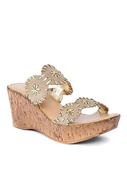 Catwalk Beige Casual Wedge Heeled Sandals
