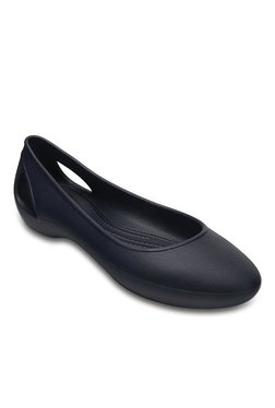 8476f3b919 Buy Crocs Women - Upto 70% Off Online - TATA CLiQ