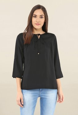 109 F Black Round Neck Top