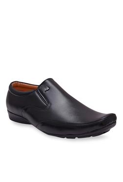 Fashion Victim Kool Fresh Black Slip-Ons