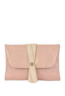 e9b1c9a00ca Baggit Handbags Online   Baggit Bags Upto 70% OFF At TATA CLiQ