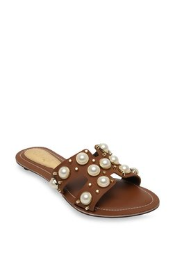 e2630fb6a51 Catwalk Shoes | Catwalk Footwear UPTO 70% OFF Online At TATA CLiQ