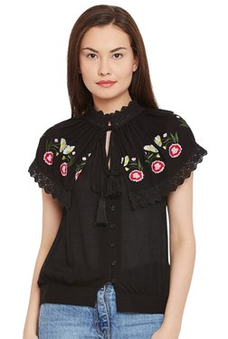 The Yellow Hanger Black Embroidered Top
