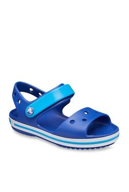 8350c9515 Buy Crocs Kids - Upto 70% Off Online - TATA CLiQ