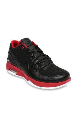 size 40 3dc35 27657 Nike Jordan Clutch Black   Red Basketball Shoes