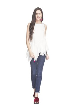 Globus White Loose Fit Tunic With Scarf
