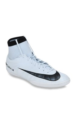 a8aee30346ef Nike Shoes | Buy Nike Shoes Online At Flat 40% OFF At TATA CLiQ