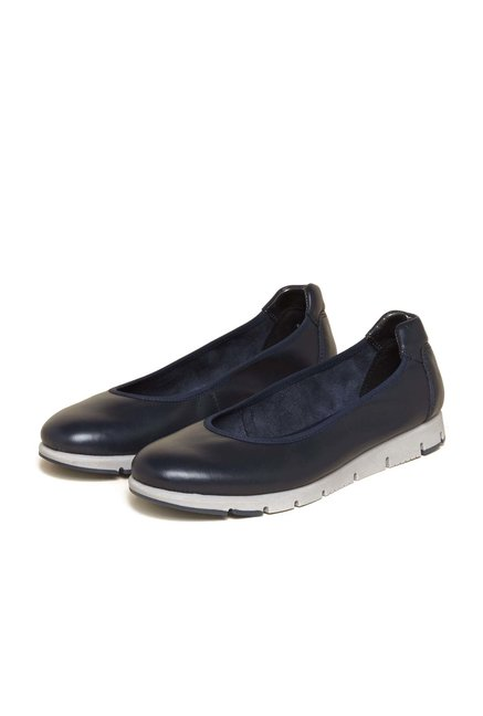 Aerosoles Navy Casual Shoes