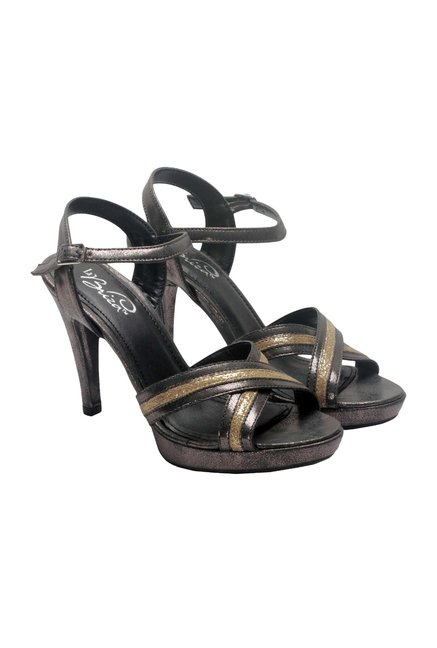 La Briza Black & Gold Ankle Strap Sandals