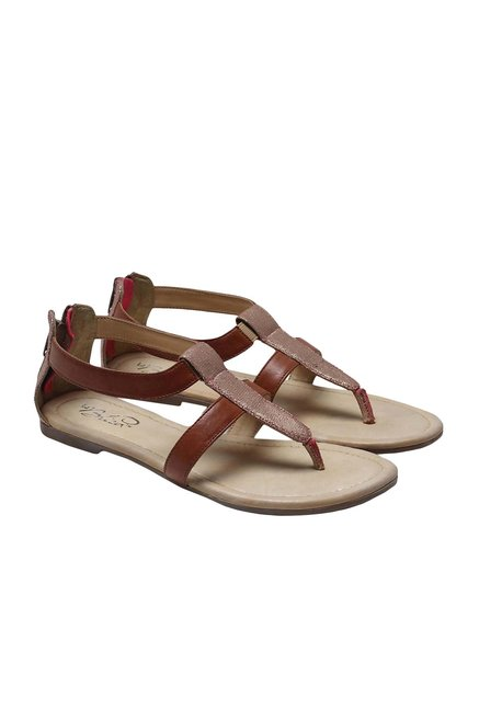 La Briza Brown Casual Sandals