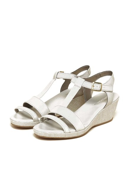 Aerosoles Well Educated Ivory Sandals