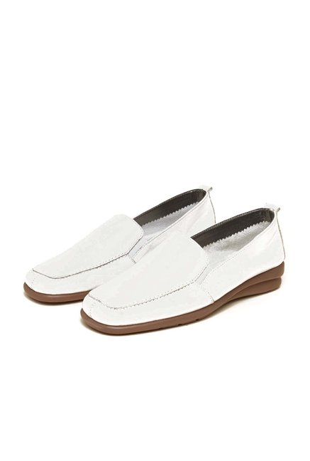 Aerosoles Backstreet Off White Moccasins