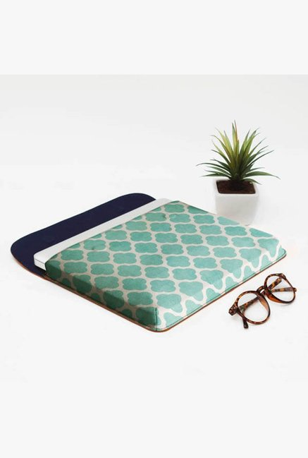 DailyObjects Teal Clover MacBook Pro 13 Envelope Sleeve