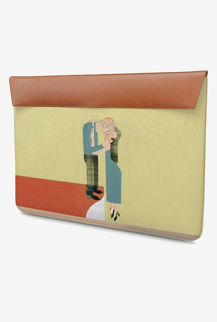 DailyObjects Warm Embrace MacBook Pro 15 Envelope Sleeve