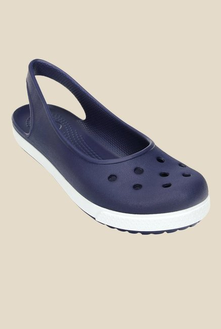 60eb4339f26aff Buy Crocs Crocband Airy Nautical Navy Sling Back Sandals For Women Online  At Tata CLiQ